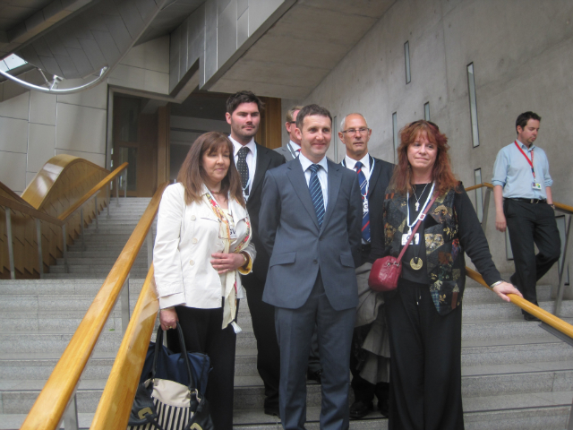COMMUNITIES ALONG THE CARRON VISIT TO PARLIAMENT