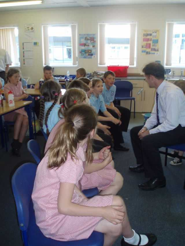 Michael Visits Ladeside Primary School, Larbert